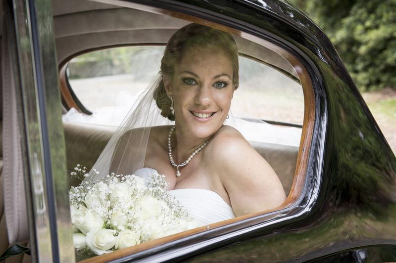 classic-car-wedding-hire-3